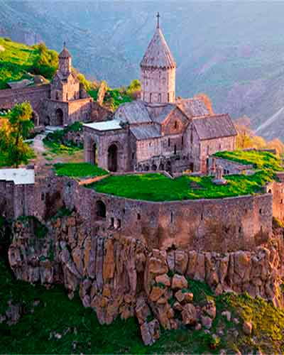 Best Armenian churches