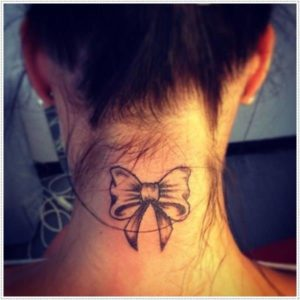 Small back neck Tattoos for Girls design ideas