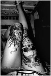leg skull tattoo designs  for females