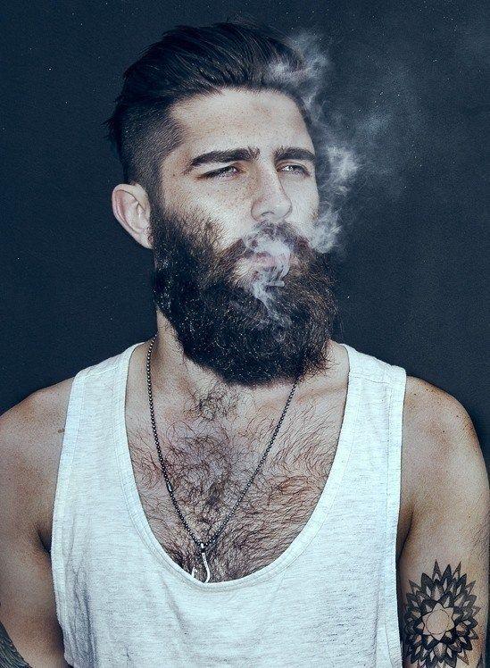 Short beard styles are not just smart,