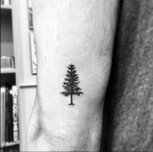 Small Meaningful Tattoos Ideas for Men