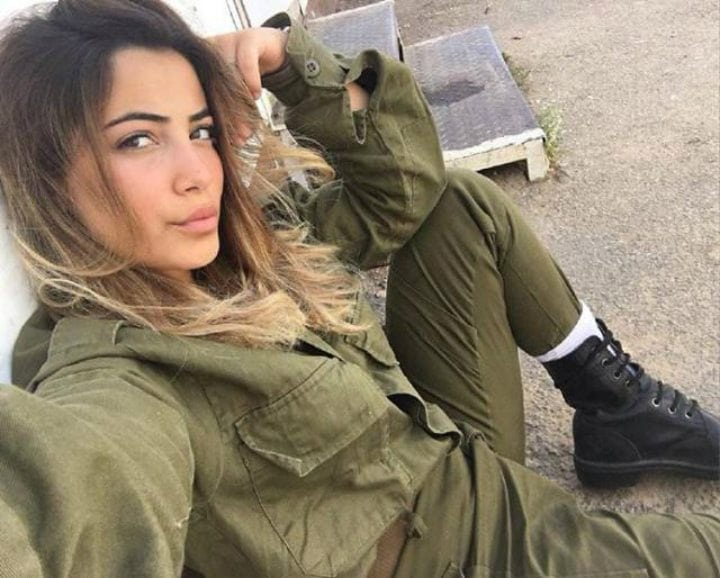 Brave Female Soldiers from Around the World