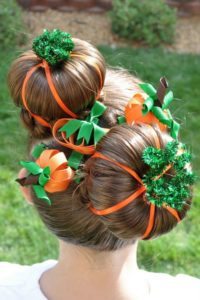 Festive Girls Christmas Hair Style Ideas with Tutorials