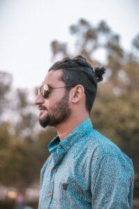 beard simple style