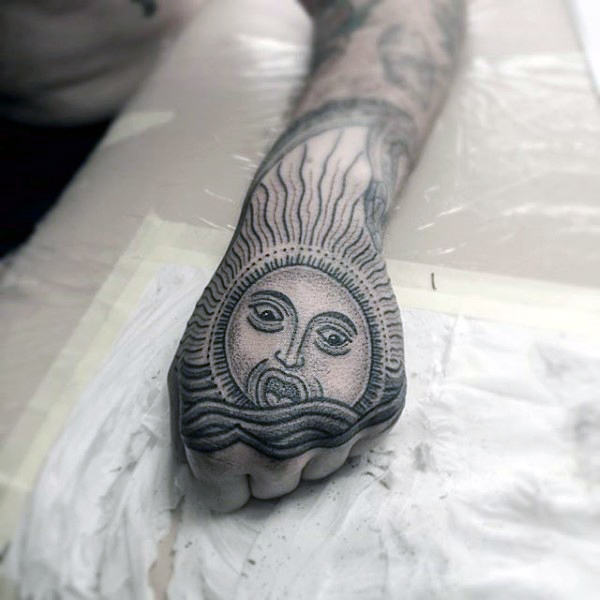 Sun Tattoos Designs You Can Adopt Right Now