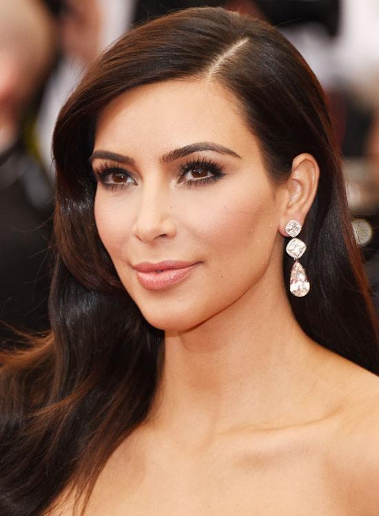 kardashian hairstyles short