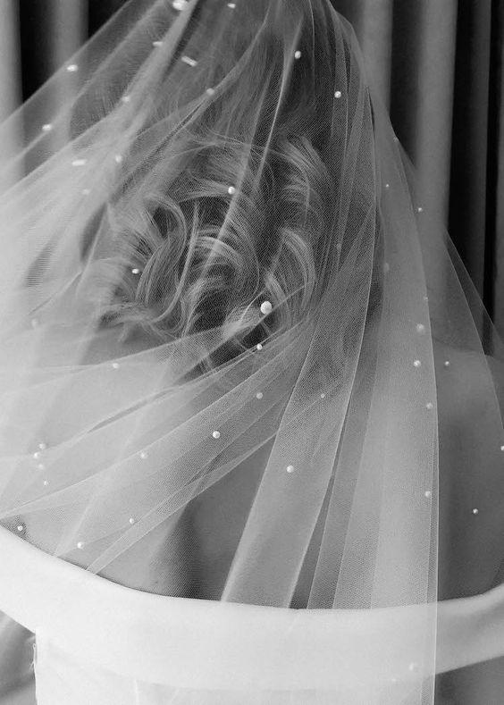 TOP  40 STUNNING BRIDE WEDDING VEIL