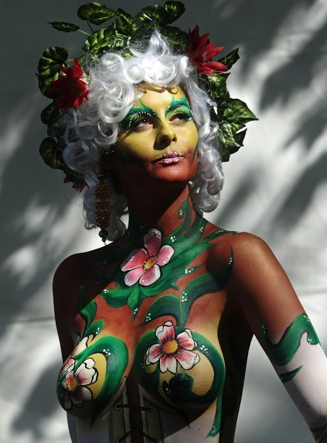 floral female full body paint picture