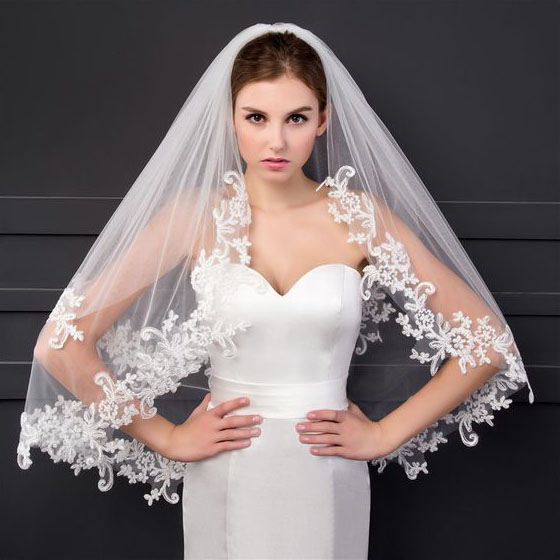long beautiful veils for brides