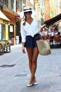 short leggings outfit