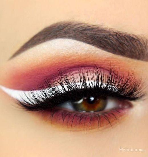 white eyeliner liquid