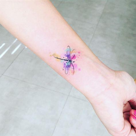 ladies tattoo ideas on arm