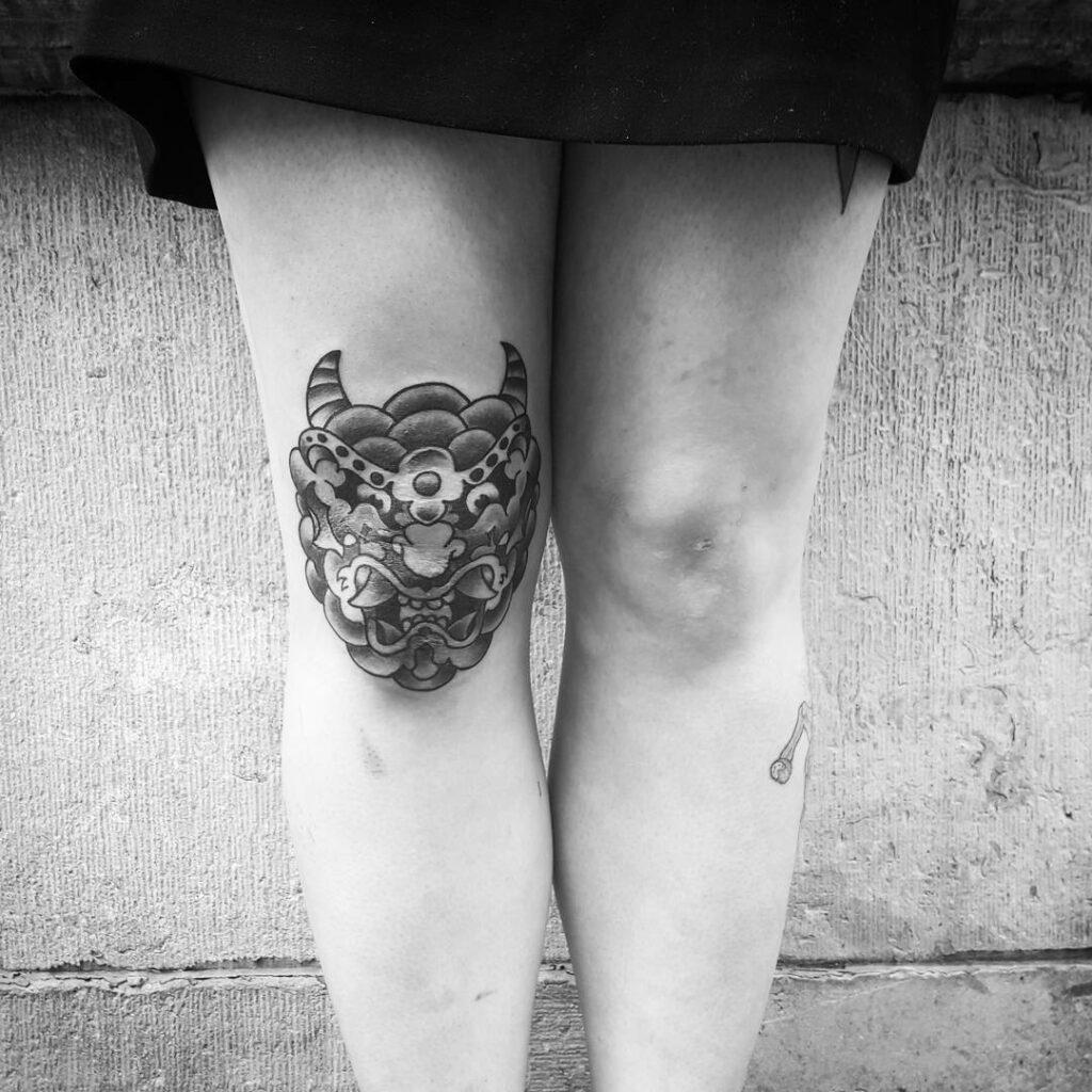 knee sleeve tattoo