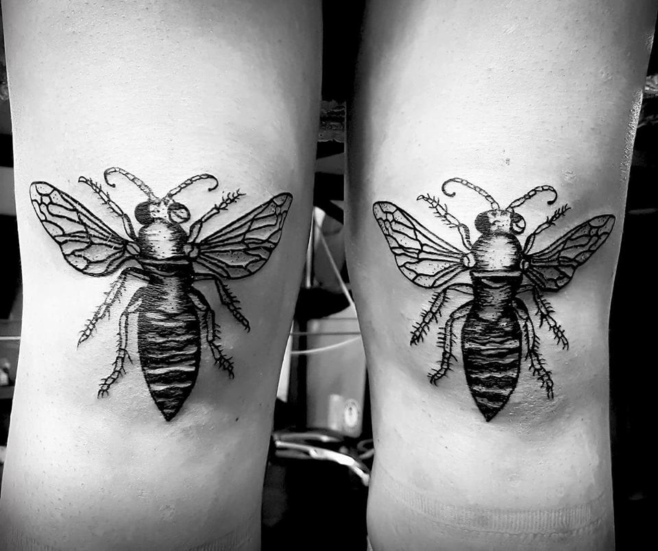 black insects girl knee tattoo design ideas