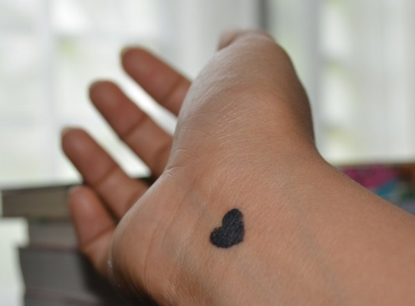 heart symbol small cute tattoos for ladies on hand
