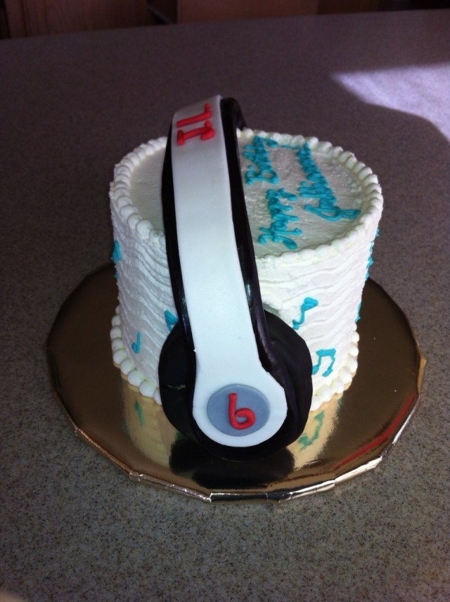 cake Cake by