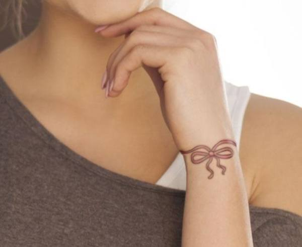 delicate tattoos for ladies on wrist images