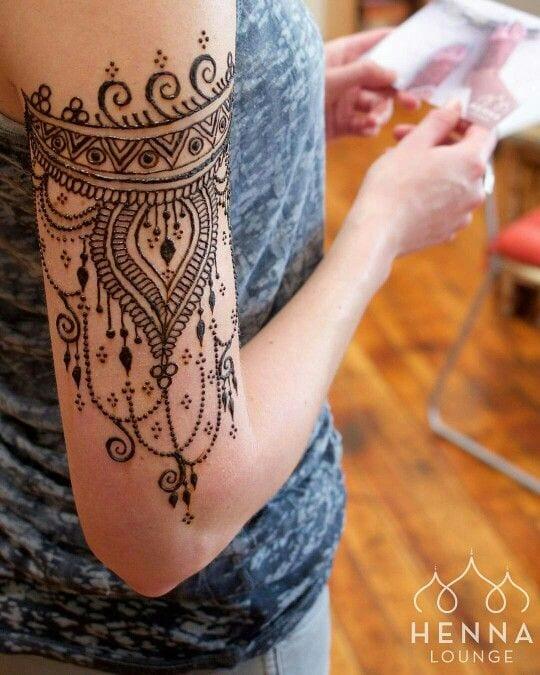mandala shoulder tattoo designs in mehandi ideas