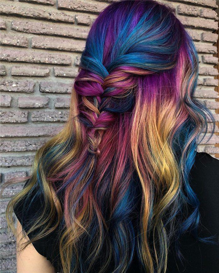 hair with auburn highlights