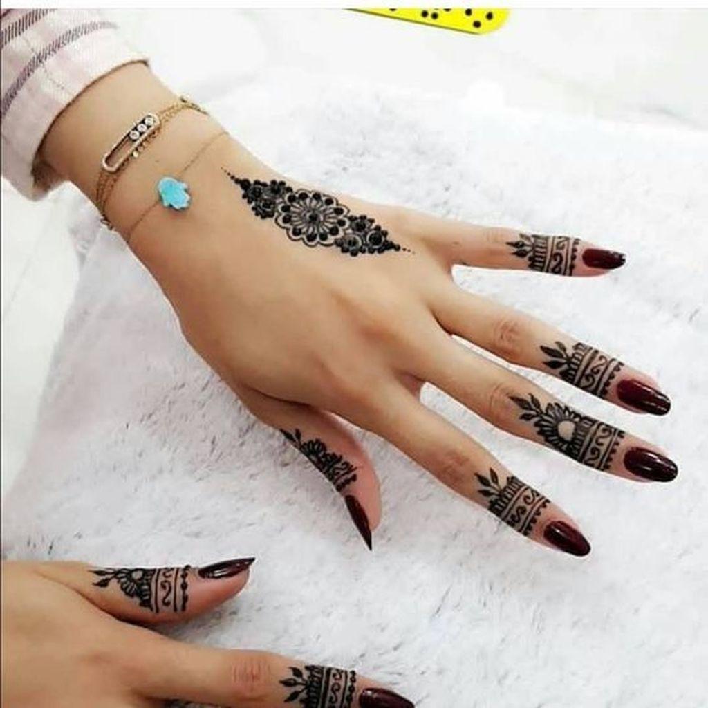 arabic henna tattoo designs on fingers