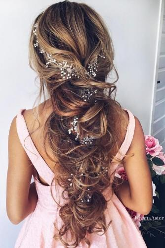 best wedding hairstyles with flowers for long hair