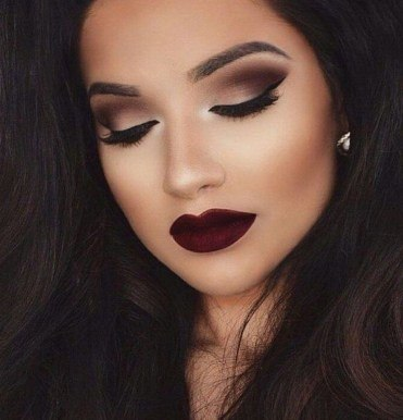 smokey eyes makeup black