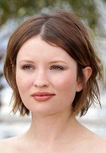 haircuts for round faces women