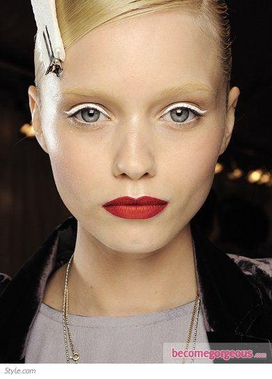 white eyeliner makeup