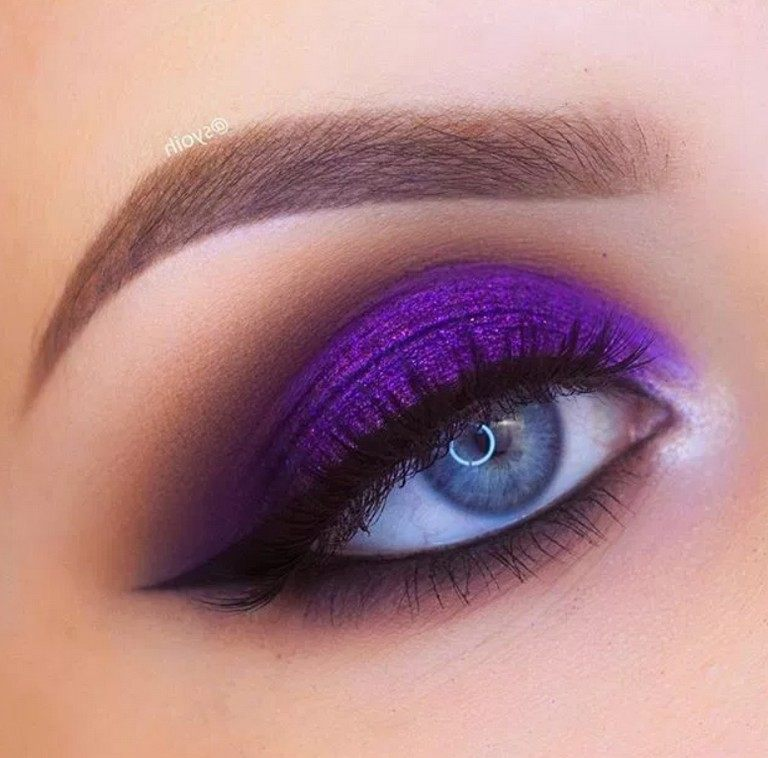 new bright pink eyeshadow for female images