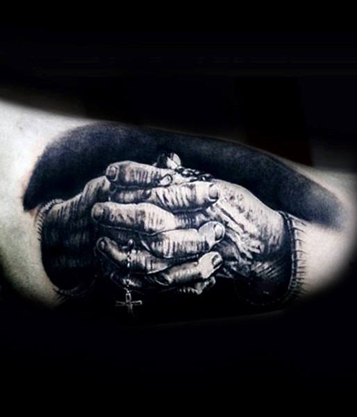 praying hands with rosary design men tattoo