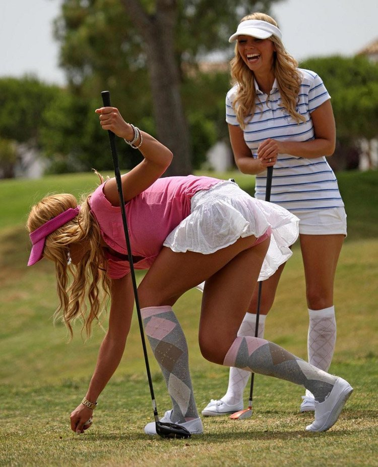 HOT FEMALE GOLFERS