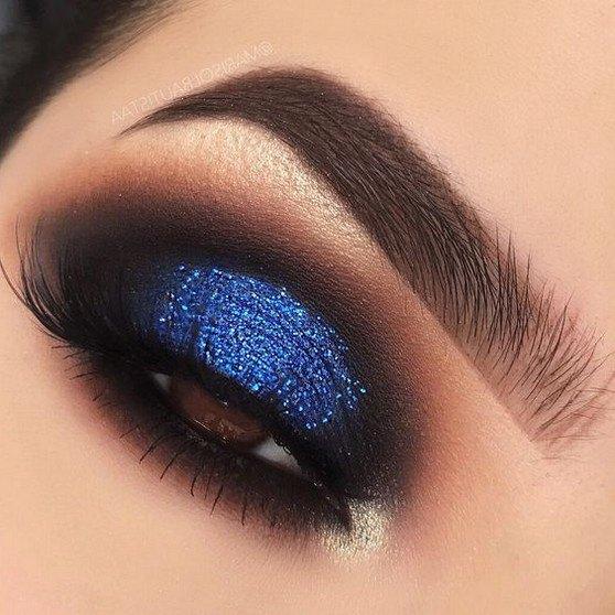 pretty blue eyeshadow looks