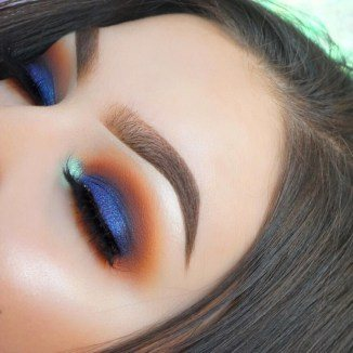 blue eyeshadow makeup looks