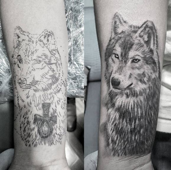 mens wolf tattoo design on arm for males