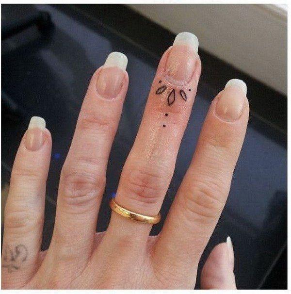 flower finger artwork for ladies pictures