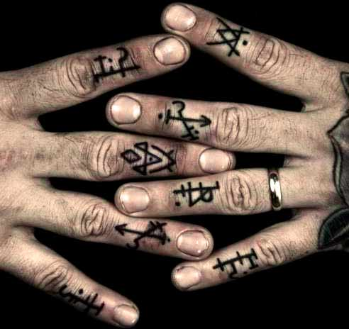Stunning Small Finger Tattoos For Men
