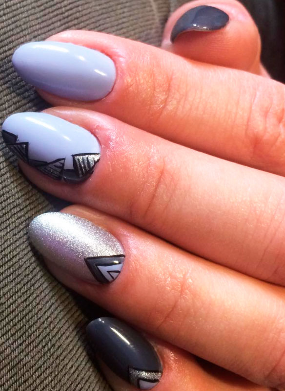 temporary geometric nail picture