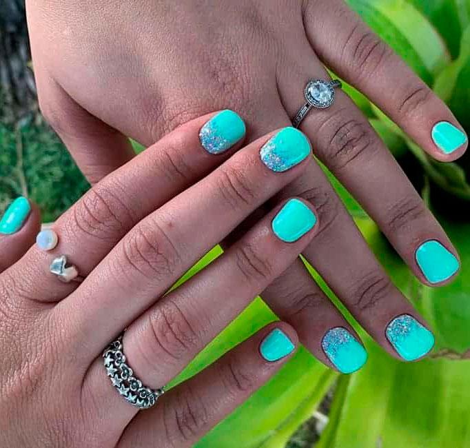 Elegant Emerald Green Nails Designs For You