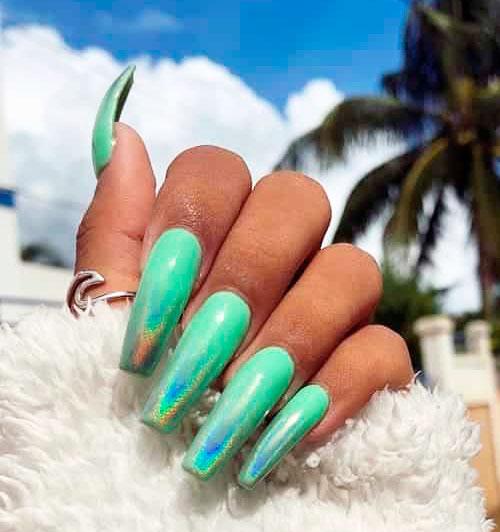 Gorgeous Emerald Green Nail Art Designs
