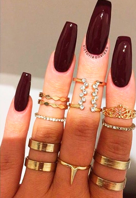 oval nail shape pictures