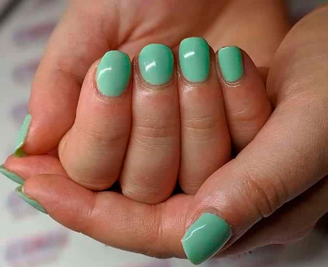 green acrylic nails in 2021