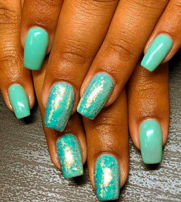 light green nails images