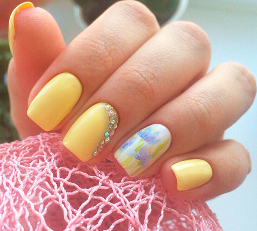 Yellowing nails is commonly due