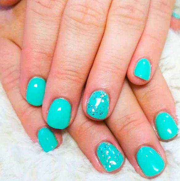 green fingernail design images