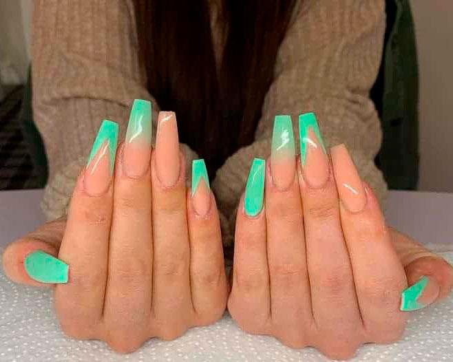 green fall nails long design