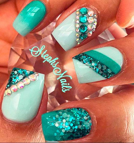 mint green ombre nails