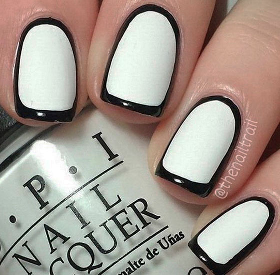 nails with black line images