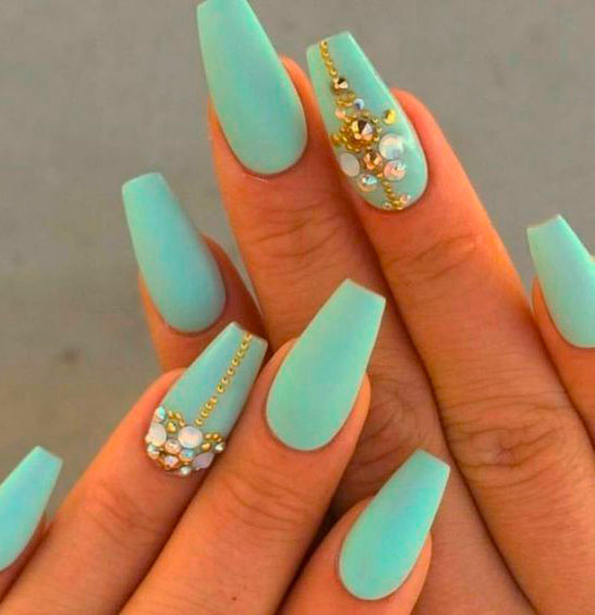 green short nails for ledies