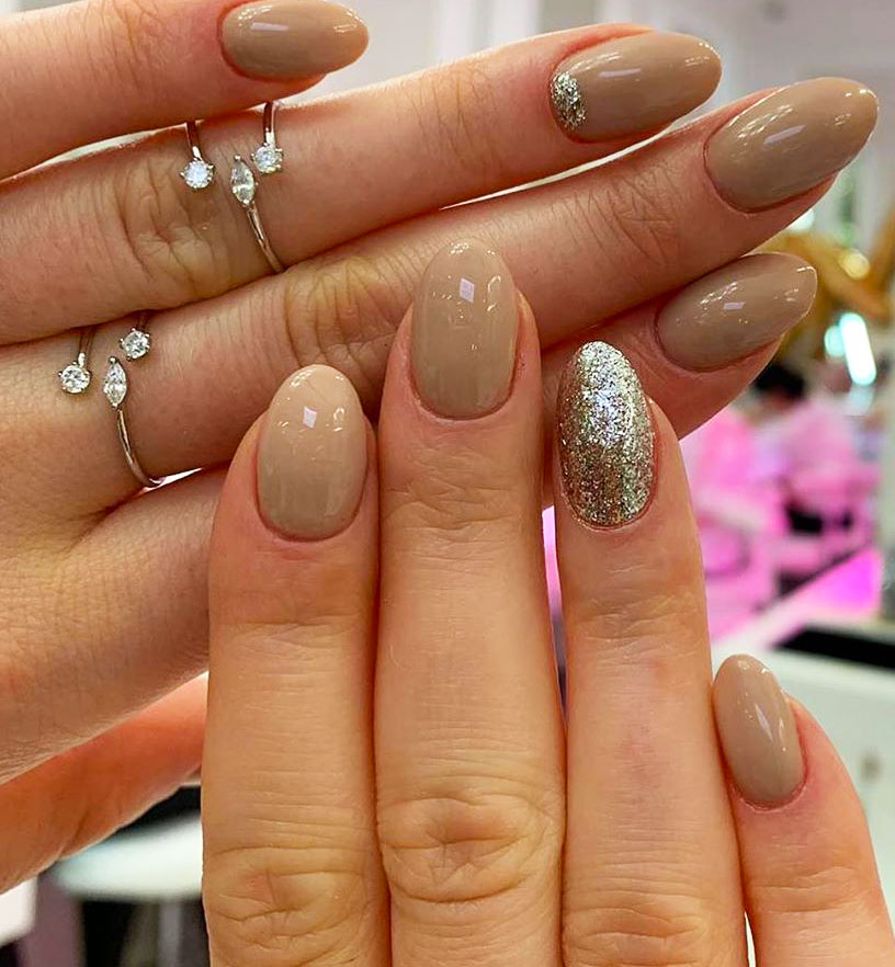These Simple Nail Art Looks Are Perfect Year-Round