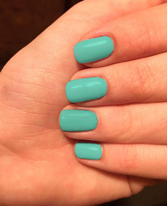mint green nail varnish